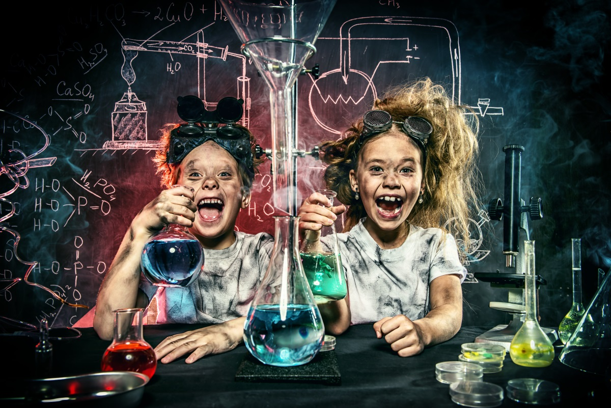 Five classic science experiments to try at home - Futurum