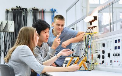 Can industries help schools and teachers make STEM education and STEM careers more attractive to students?